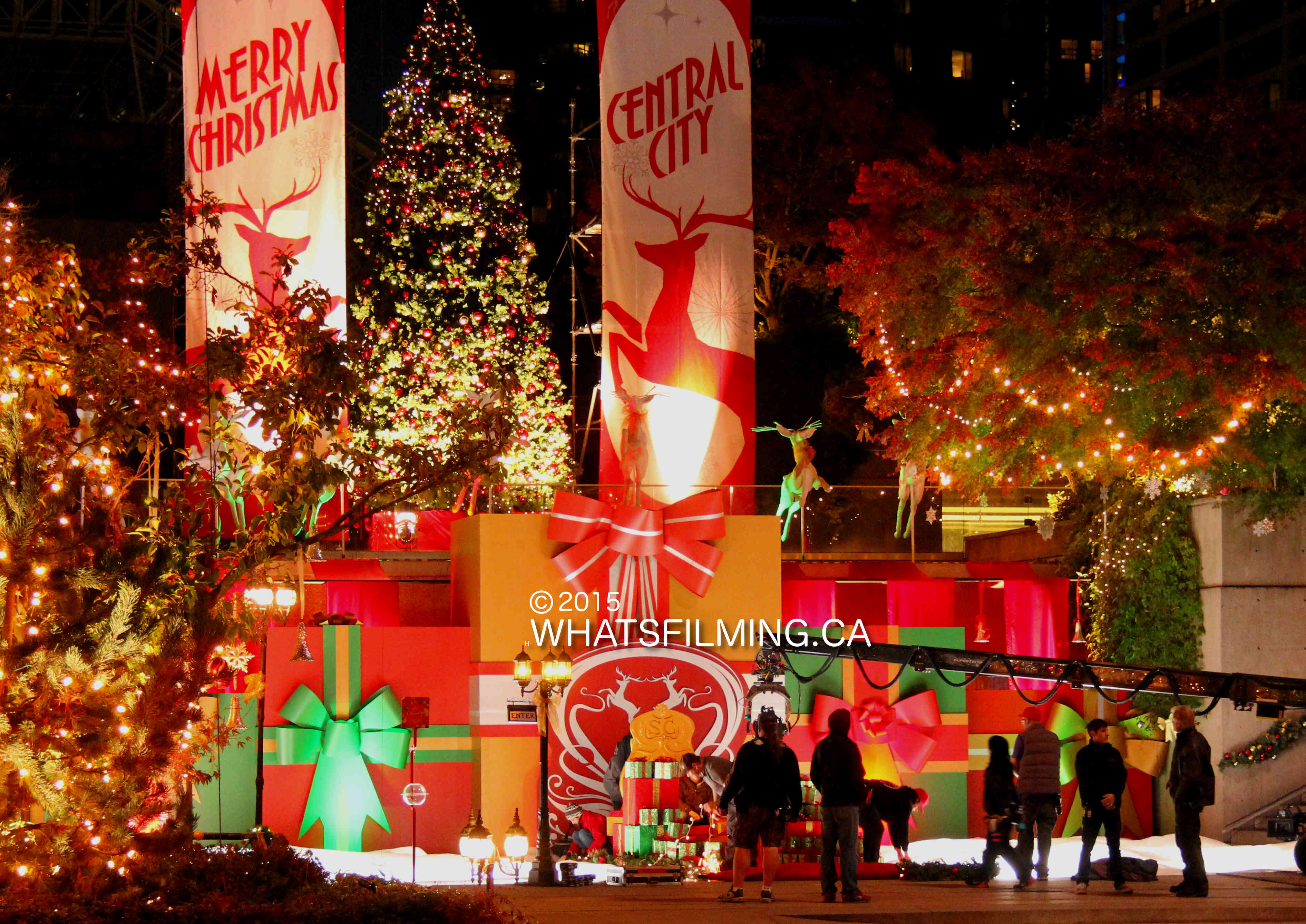 The Flash Filming Christmas In Central City