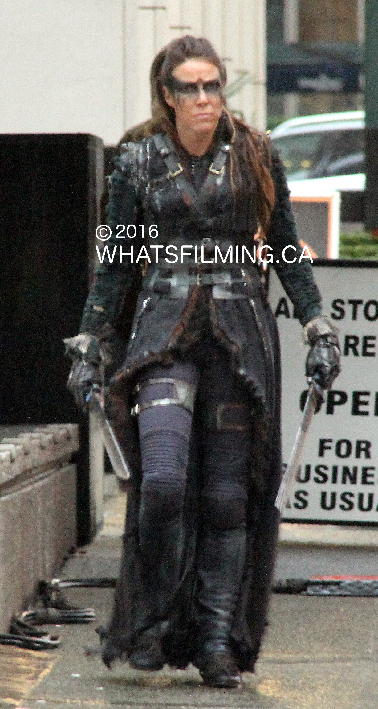 the 100 takes over vancouvers oceanic plaza whats filming