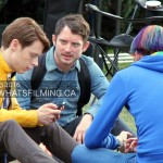 Samuel Barnett, Elijah Wood and Max Landis talk between takes