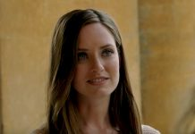 The Christmas Cottage stars Merritt Patterson from The Royals